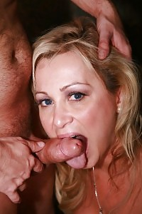 Milf Gina De Palma Busy A Prick With Her Slits And Humping It Cowgirl