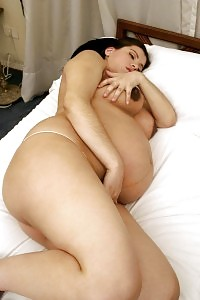 Pregnant Gets Turned On And Begins Indulging Her Moist Twat With A Sex Toy