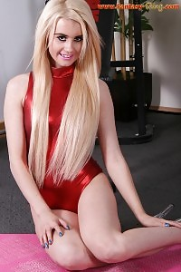 Arabella Share Off Her Firm Legs Spreading Widely As She Sits On The Ball